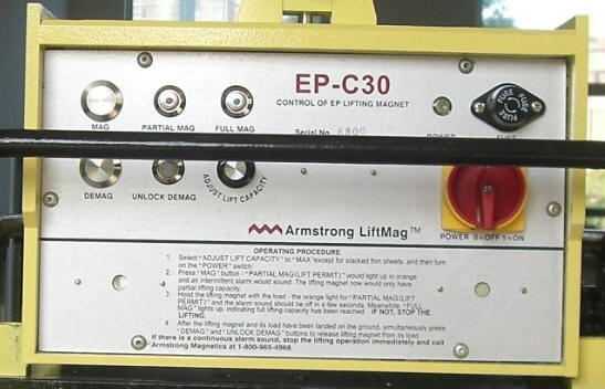 Wireless remote control for Armstrong Magnetics' battery activated electro permanent lifting magnet system